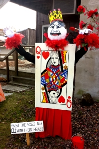 Queen of Hearts:  Off with their head!