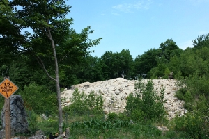 Piles of rubble (dumps) outside the mine